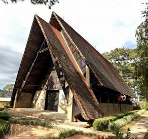 kiến trúc ấn tượng nhà thờ tại đà lạt
