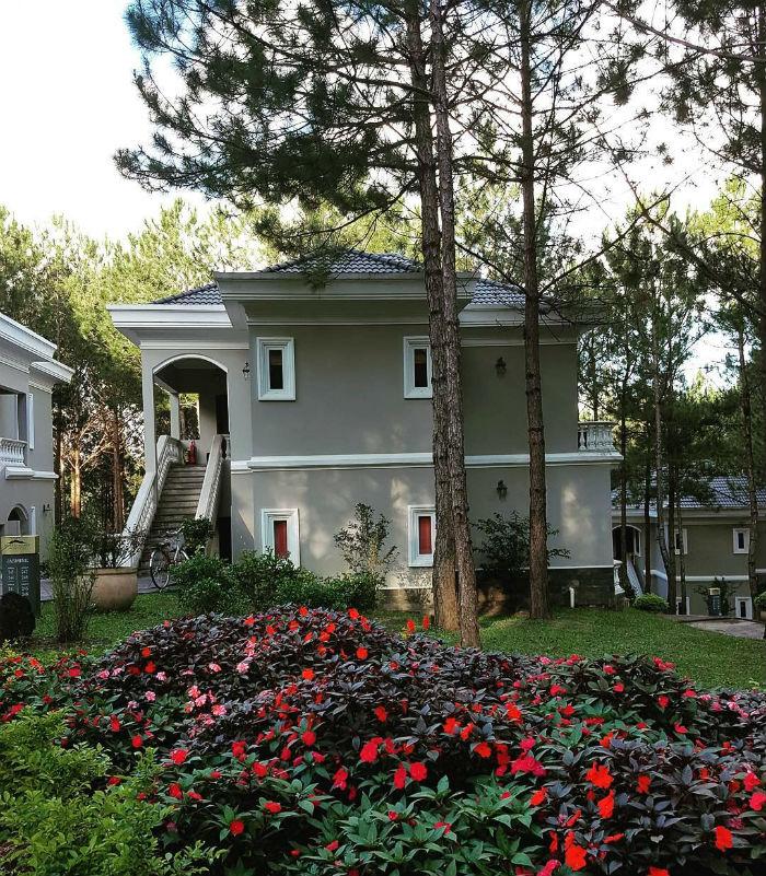 Những khu nghỉ dưỡng gần hồ Tuyền Lâm view đẹp ngất ngây, sang trọng 4